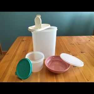 3 VINTAGE TUPPERWARE CLASSIC PIECES